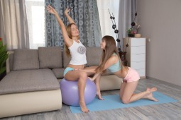 Flexible Threesome photo #4