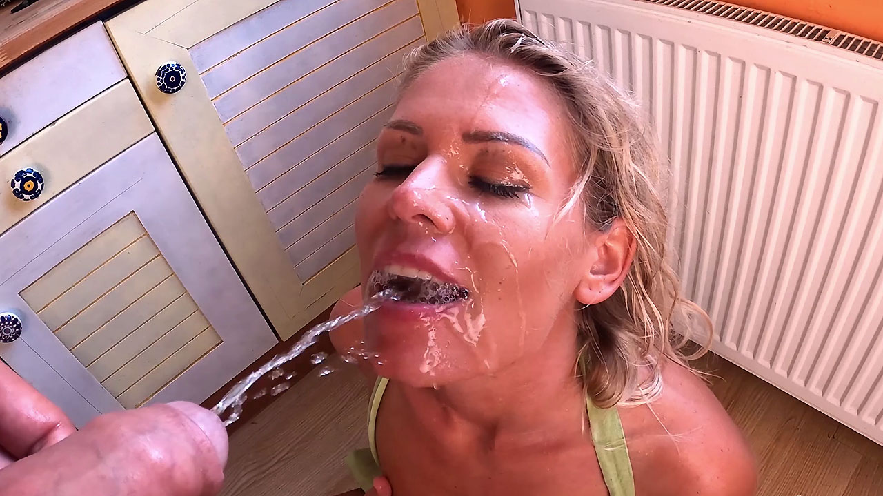 Download PeeOnHer - Homemade Piss Fuck