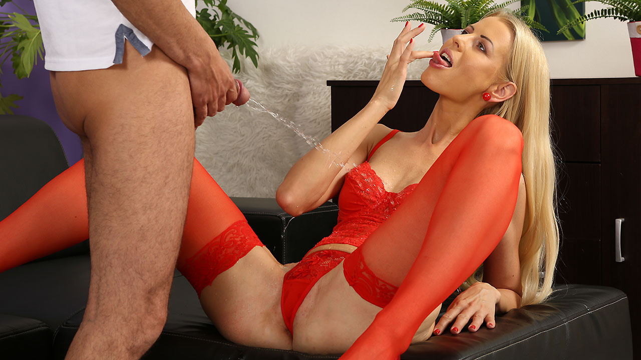 PeeOnHer - Piss Soaked Blonde